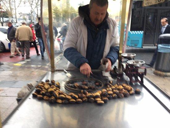 Sokullu Pasa Hotel: Street food