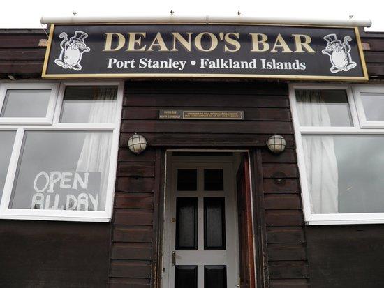 Deano's Bar