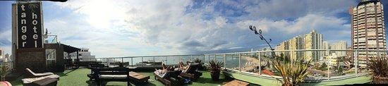 Tanger Hotel: Vista desde la terraza del hotel