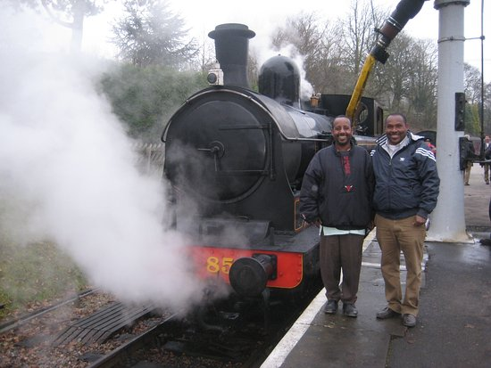 Oxenhope, UK: Two happy Ethiopian engineers