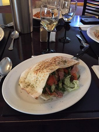 Mamma Mia's Italian Restaurant: Light bite for lunch. Perfect with a glass of white wine.