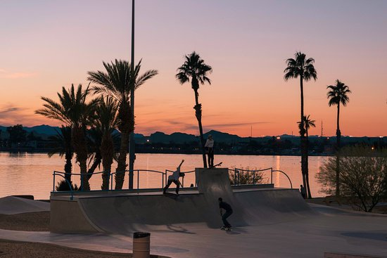 Skate Park with a view! - Picture of Rotary Community Park