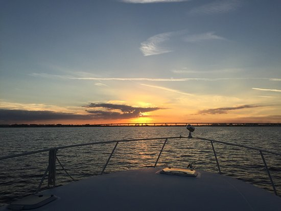 ‪‪Port Saint Lucie‬, فلوريدا: Spectacular sunset on the St Lucie River .. simply Majestic.‬