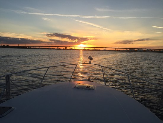 Port Saint Lucie, Φλόριντα: Spectacular sunset on the St Lucie River .. simply Majestic.