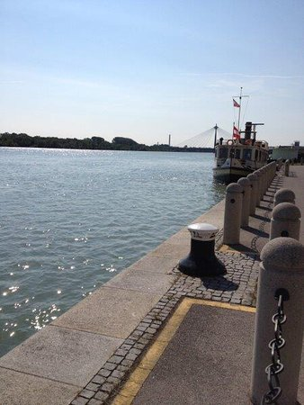 Hilton Vienna Danube Waterfront: photo3.jpg