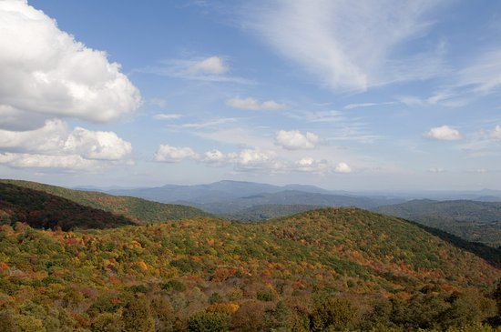 Grayson Highlands State Park: View from the lookout close to the Park entrance