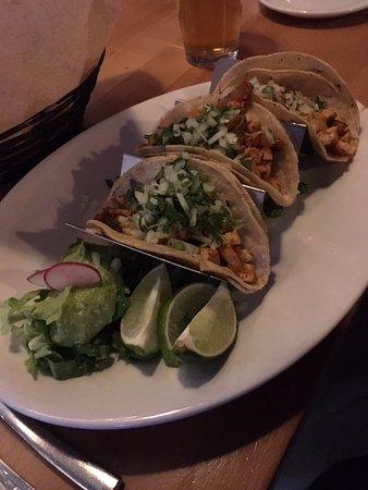 Minnetonka, MN: Mahi Mahi tacos
