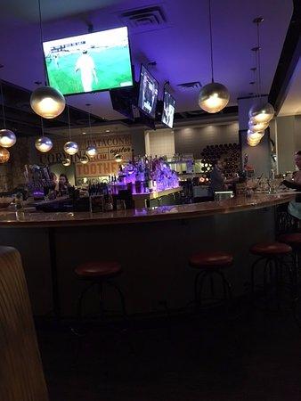 Minnetonka, MN: Bar
