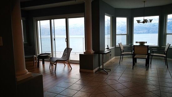 Summerland, Canada: view from Livingroom