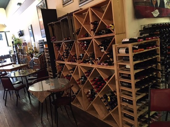 Montage Cafe: and the wine goes on forever,,,,,