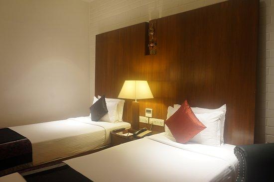SFO Hotel and Suites Aufnahme