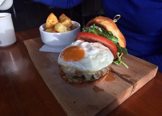 The Juniper Bistro: Breakfast Burger!