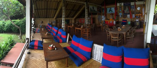 Cooking Class At Smiling Buddha Restaurant On The Beachamedbali