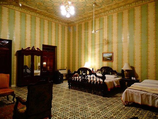 Bhanwar Niwas: Huge rooms