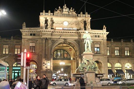 チューリッヒ中央駅 - Picture o...