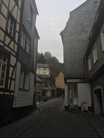 Eifeldom Monschau-Kalterherberg: photo1.jpg