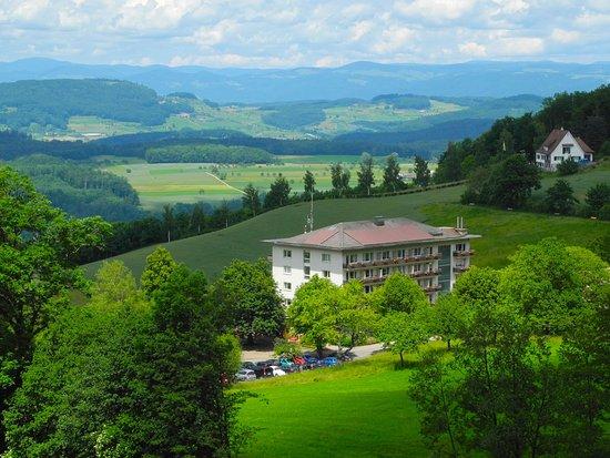 Läufelfingen, สวิตเซอร์แลนด์: Unvergessliche Weitsicht