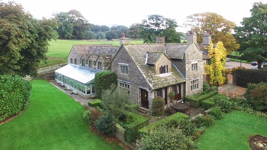 The Stone House Hotel is a fine Edwardian country house with spectacular views.