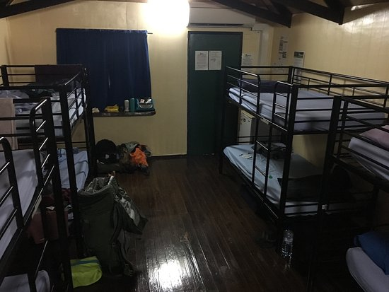 Magnums Backpackers: Typical dorm room in the chalet