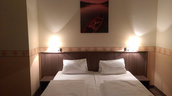 Hotel Ostruvek: Photo of a standard double room