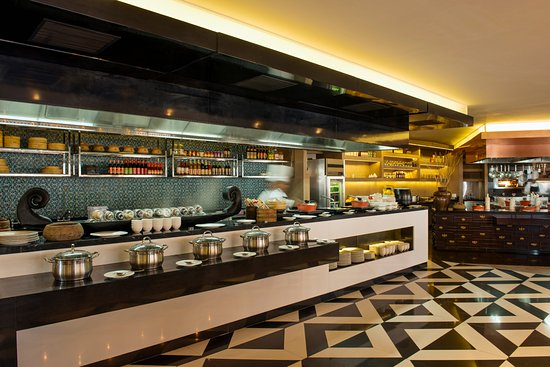 Kitchen at 95 ludhiana restaurantanmeldelser tripadvisor for Kitchen 95 ludhiana