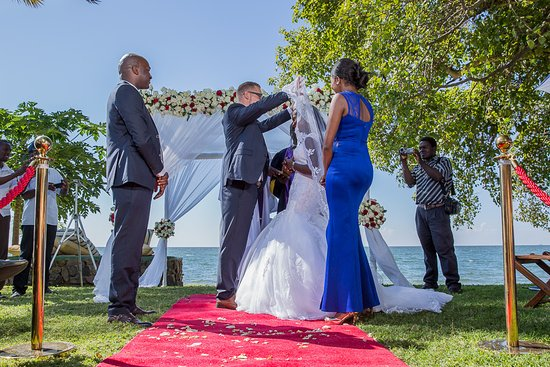 Rusinga Island Lodge: Wedding at Rusinga