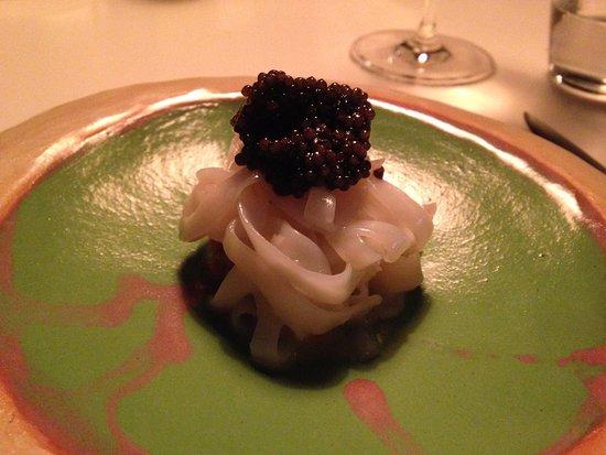 Lormont, Francja: Calamar, pie de cerdo caviar de aquitania