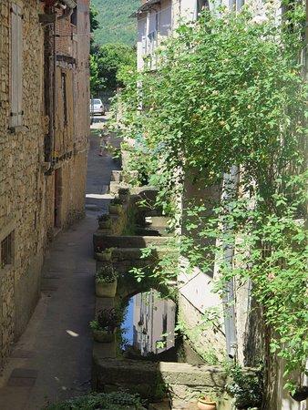 Saint-Antonin Noble Val, França: View from the Blue Room.. Rive Valet