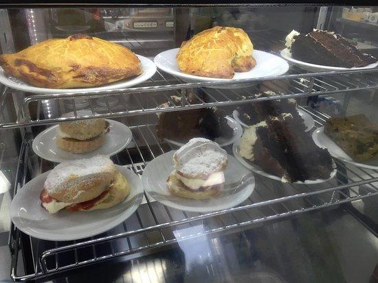 Best Cakes In Bridgend