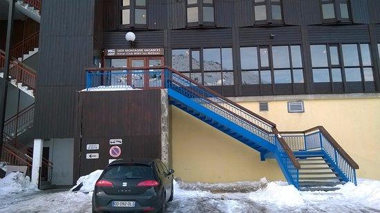 Hotel Club mmv Les Melezes: accès périlleux