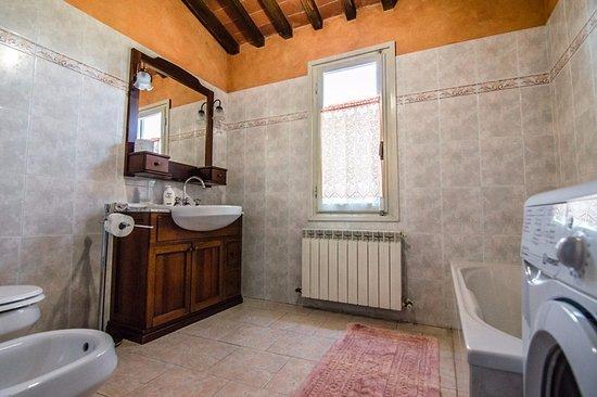 Beautiful arredo bagno con lavatrice ideas schneefreunde com avec