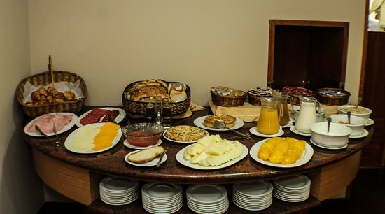 Desayuno buffet | Buffet brreakfast |  Bufet du petit déjeuner