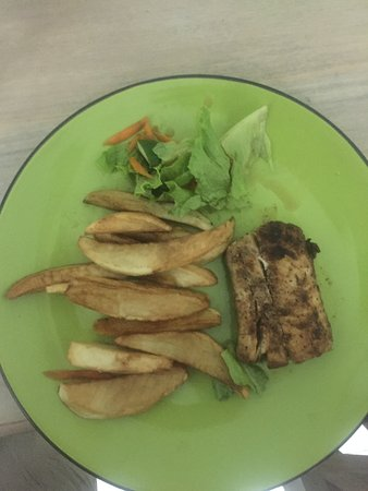 Mullins, Barbados: This is a $48BBD (£20) meal, limp chips, limp lettuce leaves and a tiny piece of fish.