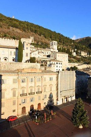 Gubbio, Italie : FB_IMG_1486381728870_large.jpg