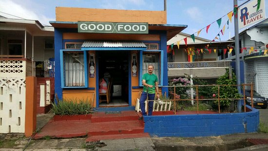 Grenville, Grenada: Me at the front of Good Food - with a full and happy stomach
