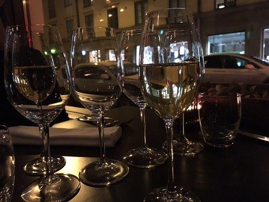 Restaurant Muru: Sitting in the window drinking amazing wines.