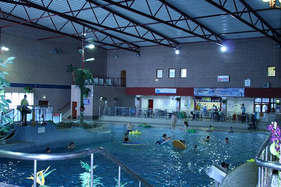 Gravesend, UK : Leisure Pool with Flumes, Waves, Waterfall, Finger Jets and lots more