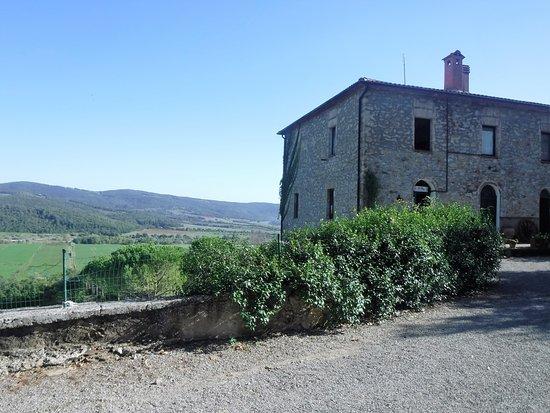 Monterotondo Marittimo, Italy: View to the valley