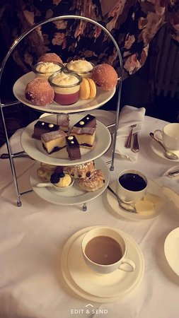 Kirklevington, UK: Afternoon Tea