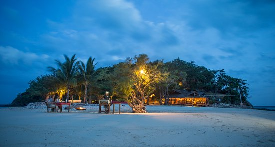 Culion, Φιλιππίνες: Private dining under the moon and stars
