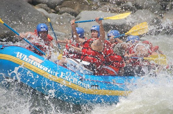 Excitement Costa Rica: rafting class IV