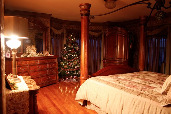 Bloomfield, IA: The Master Suite decorated for Christmas