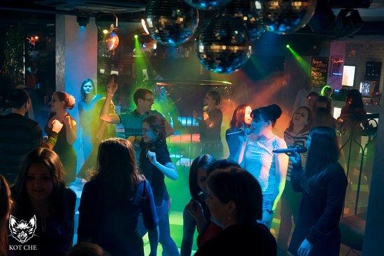 Ночной клуб персонал клубы владивостока кому за 30 ночные