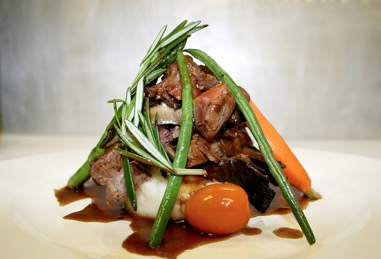 Allgauer's Restaurant: Beef Tenderloin & Portabella Stack
