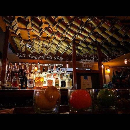 Londonderry, VT: Mug Club