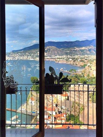 Hotel Bristol: Sorrento coastline