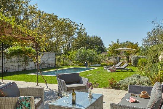 Quarante, France : Villa avec piscine privé Château Les Carrasses