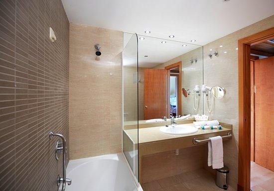 Baño Hotel Euroski Mountain Resort 4*