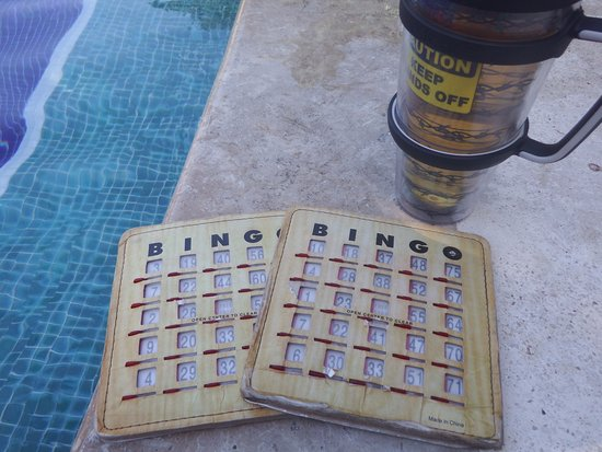 Bahia Principe Luxury Sian Ka'an: Plying bingo at the activity pool