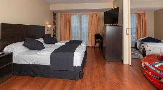 Hotel font d 39 argent desde canillo andorra for Habitacion familiar andorra